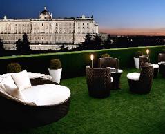 Apartosuite Jardines De Sabatini Hotel En Madrid Viajes El Corte