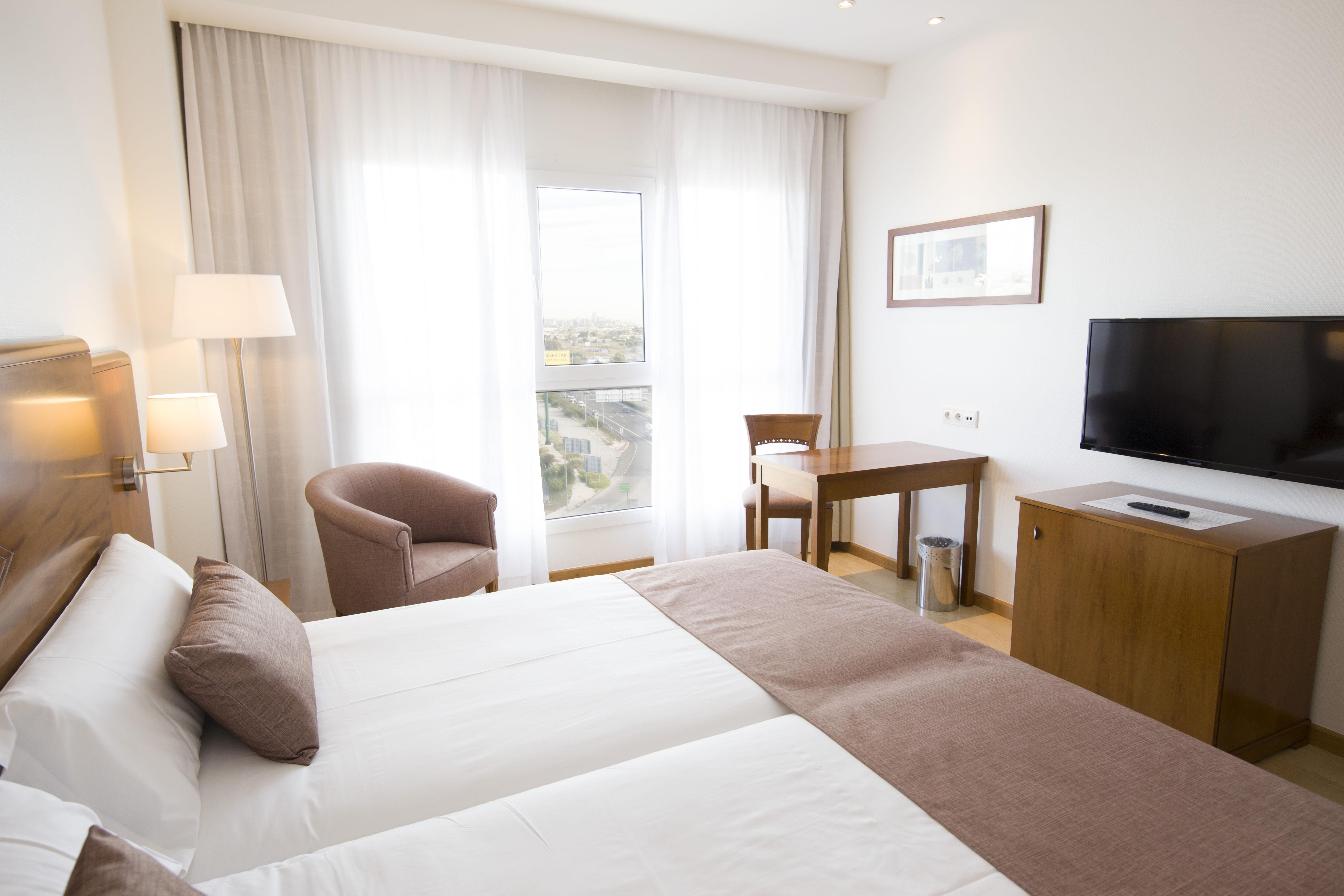 Hoteles con restaurante en alfafar viajes el corte ingl s for Hotel oceanografic ninos