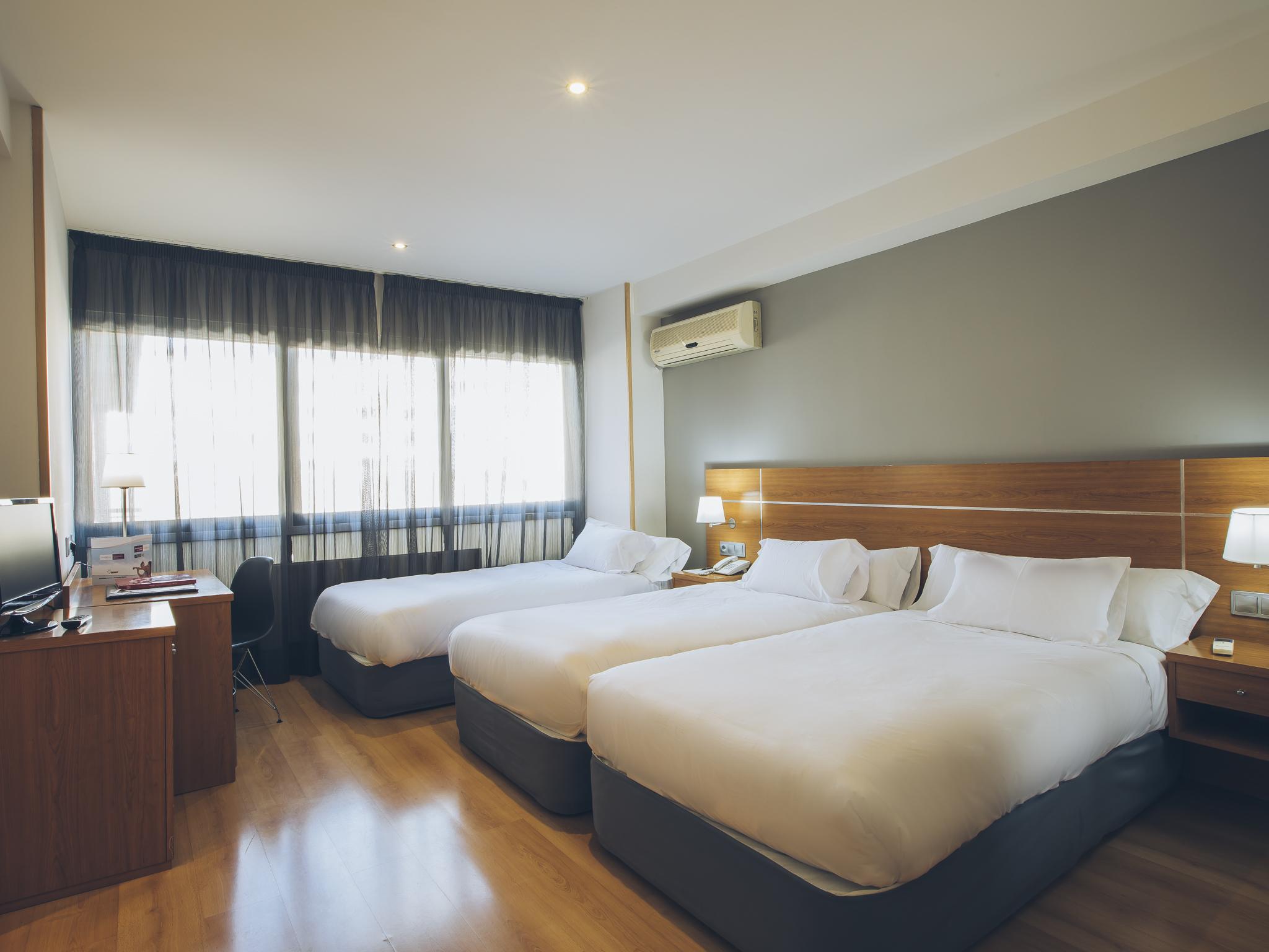 Hotel Sancho Ramirez Hotel En Pamplona Viajes El Corte Ingl S ~ Espejos De Aumento El Corte Ingles