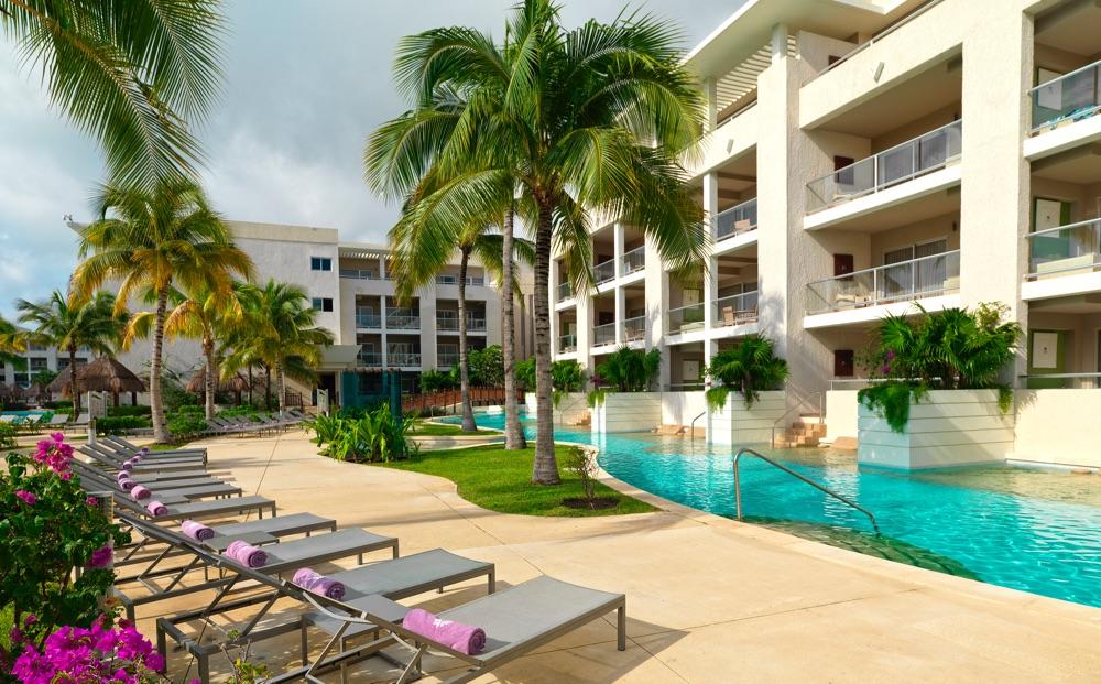 Paradisus playa del carmen la esmeralda hotel en playa for Piscinas el corte ingles 2017