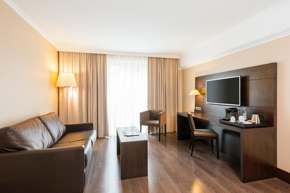 Nh Berlin Kurf 252 Rstendamm Hotel En Berl 237 N Viajes El