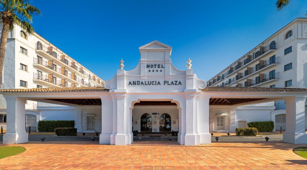 Hoteles solo adultos en costa del sol espa a viajes el for Corte ingles plaza del sol madrid