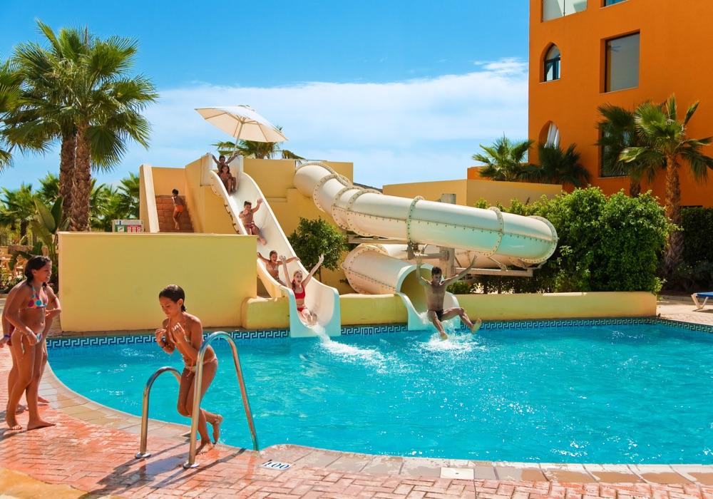 Playamarina spa hotel hotel en ayamonte viajes el corte for Piscina delfin madrid