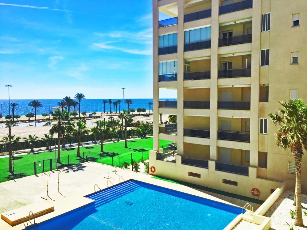 Mar y sal dreams roquetas hotel en roquetas de mar for Piscinas el corte ingles 2017