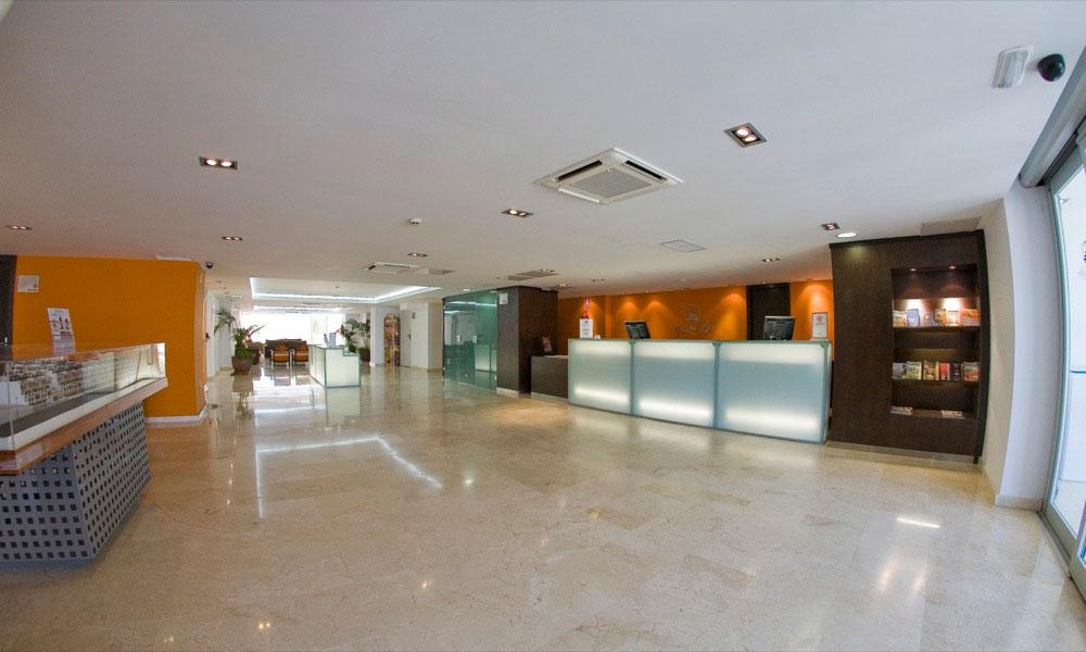 Apartamentos tur sticos marina del rey hotel en vera viajes el corte ingl s - Apartamentos marina rey vera booking ...