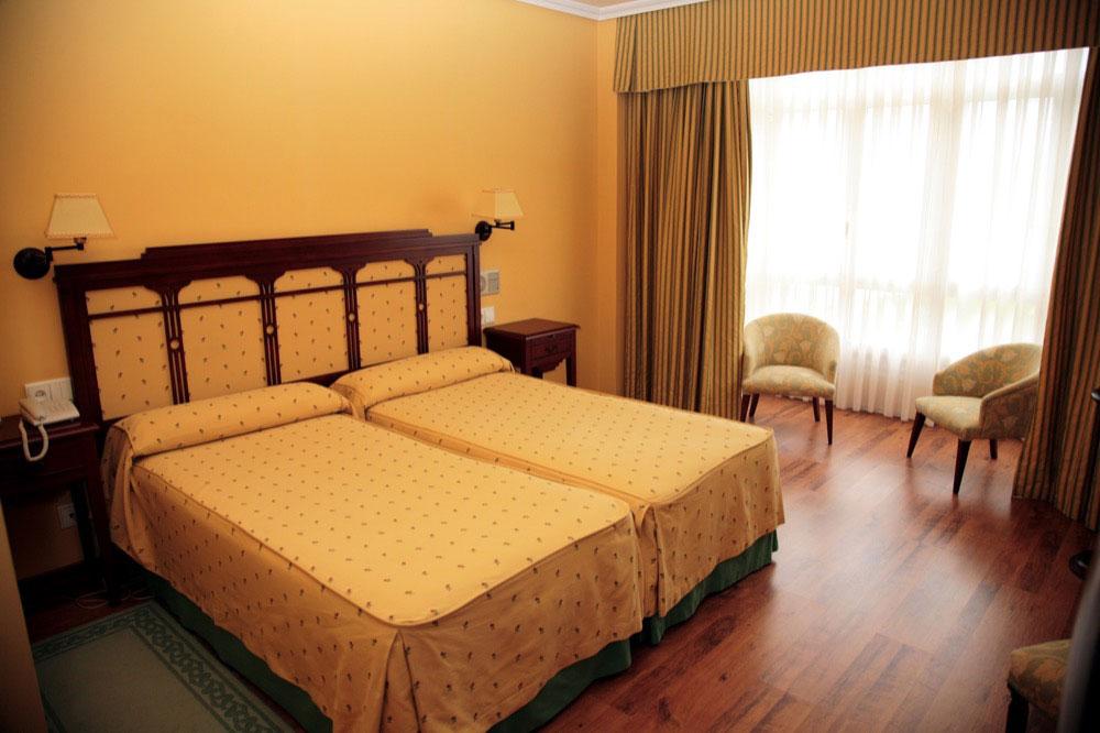 La hacienda de don juan hotel en llanes viajes el corte for Llanes habitaciones