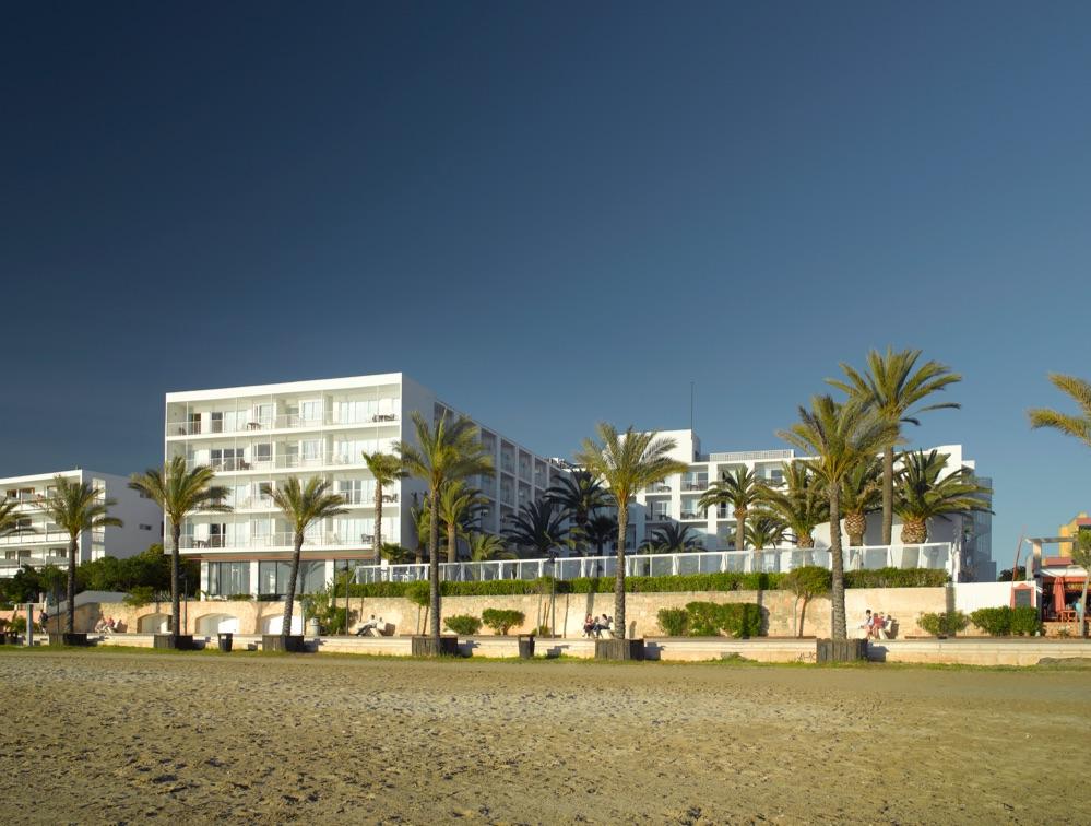 Palladium hotel palmyra hotel en san antonio de portmany - Hotel 7 islas en madrid ...
