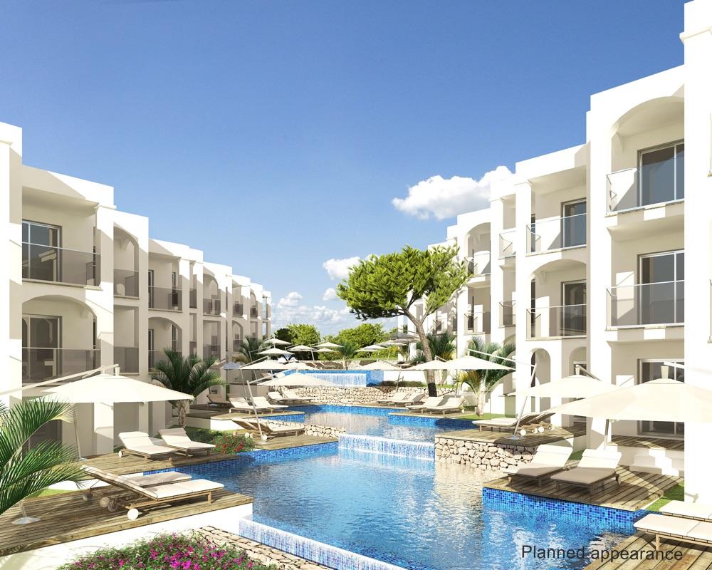 hoteles con piscina exterior en cala tarida espa a
