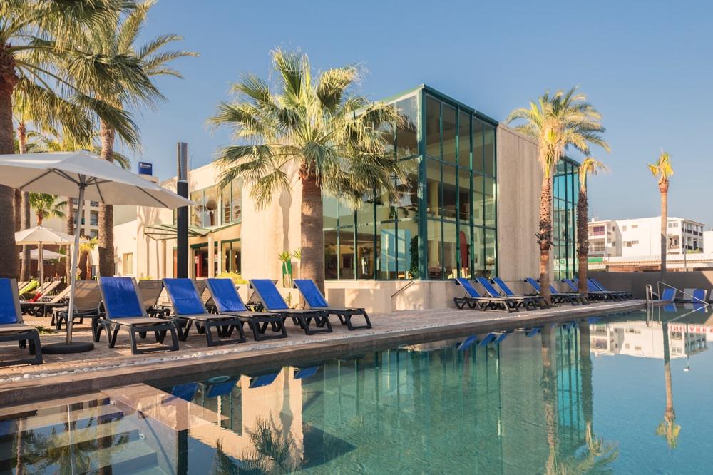 Occidental ibiza hotel en san jos ibiza viajes el for El jardin de luz ibiza