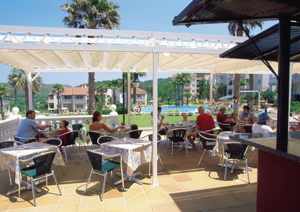Aparthotel hg jardin de menorca hotel en son bou viajes for Aparthotel jardin de playa