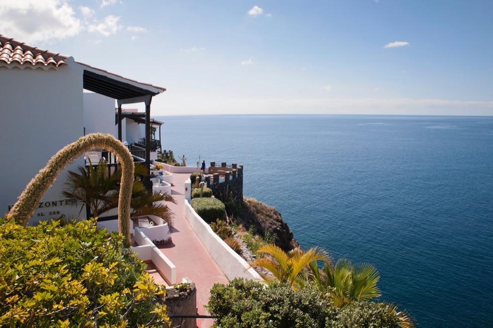 Hotel jard n tecina hotel en playa de santiago viajes for Jardin tecina playa de santiago