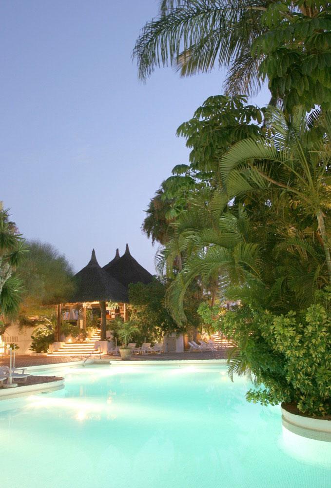 Jard n tropical hotel hotel en costa adeje viajes el for Jardin tropical costa adeje