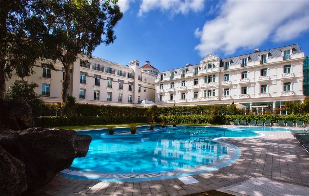 Ofertas de hoteles en parque natural de cab rceno villaescusa espa a viajes el corte ingles - Hoteles en cantabria con piscina ...