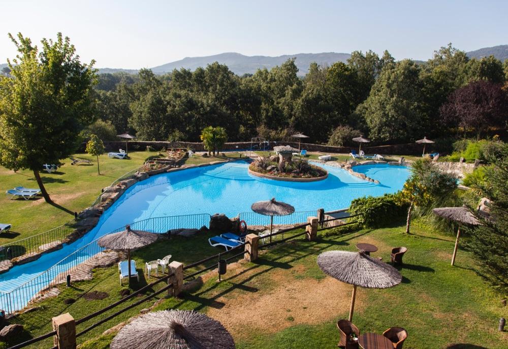 hoteles con piscina cubierta en salamanca provincia