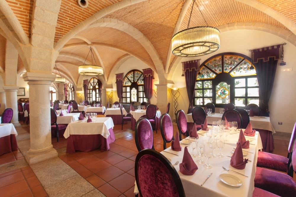 Abadia de los templarios hotel en la alberca viajes el for Imagenes de la alberca salamanca