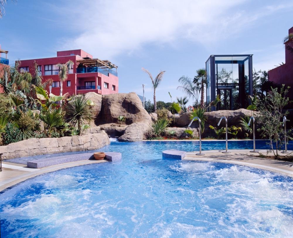 Hotel blancafort spa termal hotel en la garriga viajes el corte ingl s - Piscinas la garriga ...