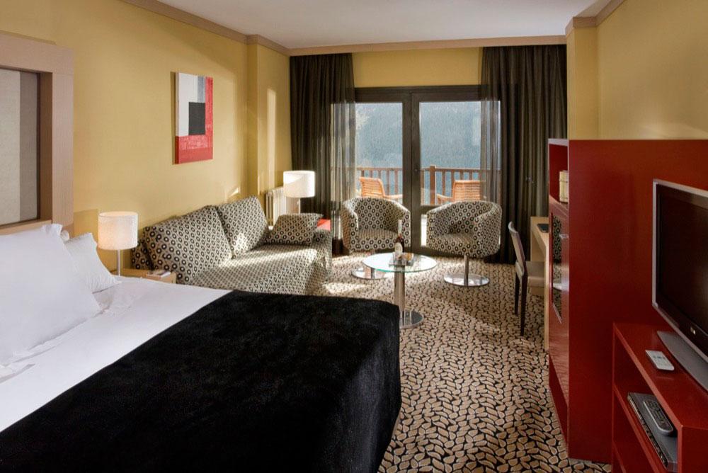 Meli royal tanau boutique hotel hotel en baqueira beret for Boutique hotel genes