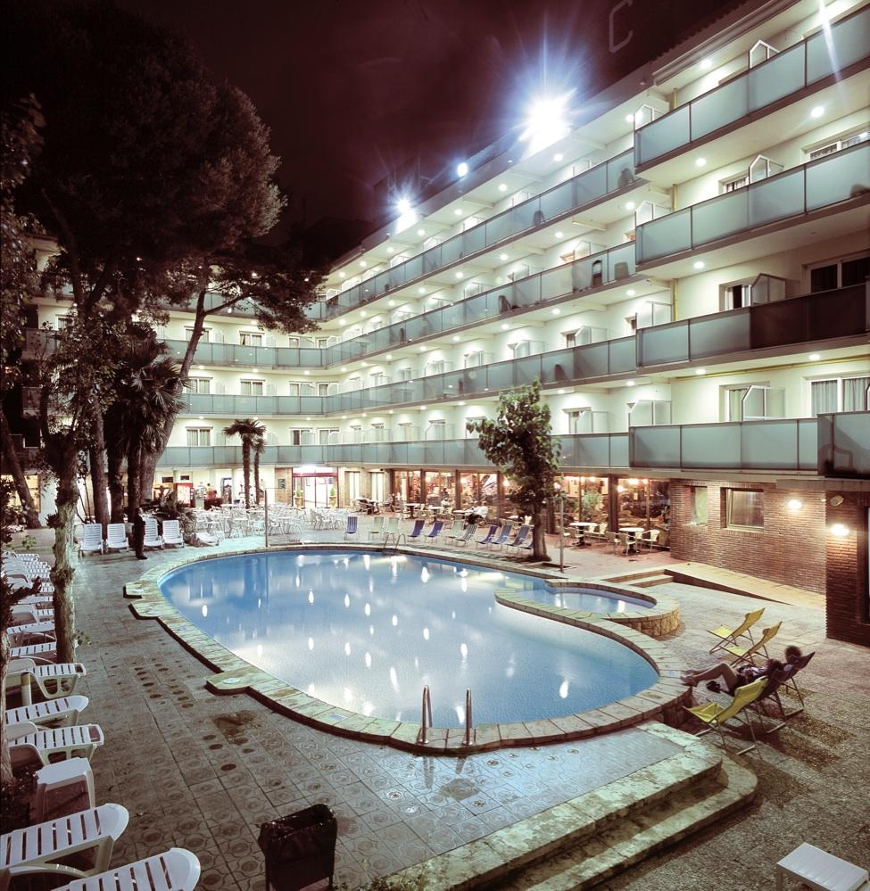 Ofertas de hoteles en calafell espa a viajes el corte ingl s for Hoteles recomendados en madrid