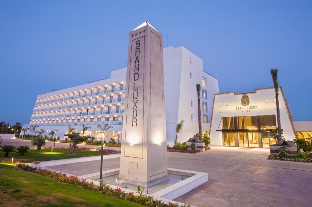 Ofertas de hoteles en benidorm espa a viajes el corte ingles for Hoteles con habitaciones familiares en benidorm