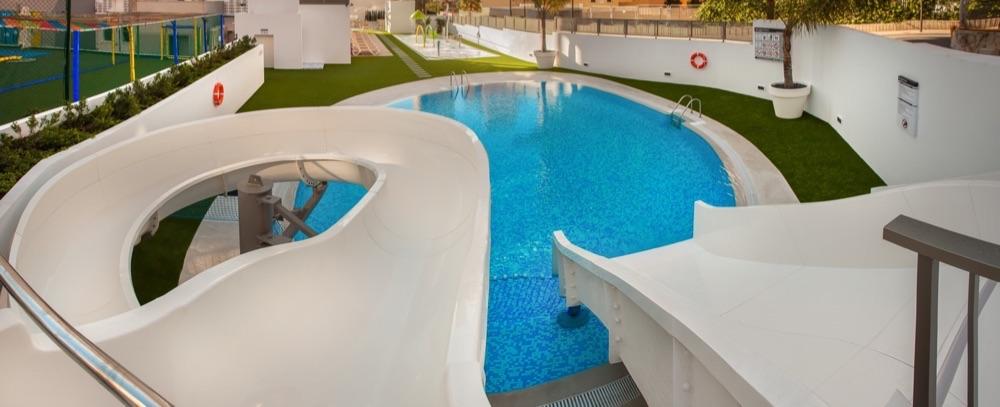 Hotel rh princesa hotel en benidorm viajes el corte ingl s for Hoteles con habitaciones en el agua