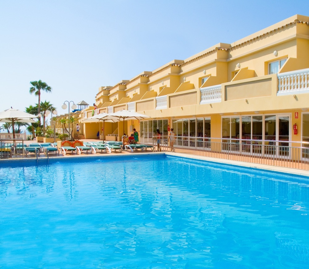 Hotel rh casablanca suites hotel en pe scola viajes for Hotel playa peniscola