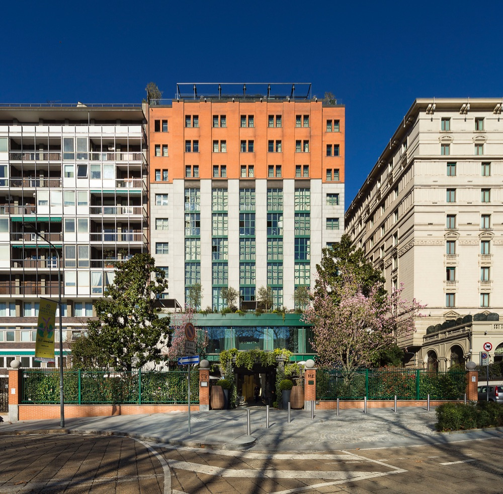Hoteles con caja fuerte en mil n lombard a italia viajes for Hoteles diseno milan