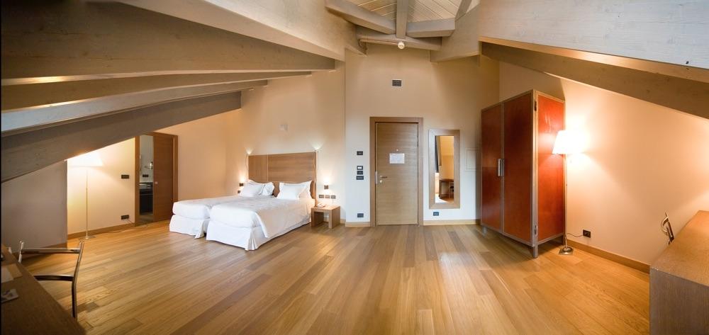 Nh torino santo stefano hotel en tur n viajes el corte for Hotel design torino